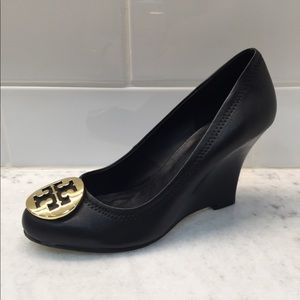 3e0cafb82988f8 Tory Burch Black Wedge Heel Size 8.5